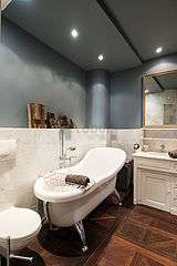 Triplex Paris 4° - Bathroom