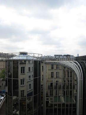 Séjour lumineux d'un appartementà Paris