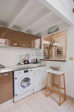 Kitchen where you can have dinner for 4 person(s) equipped with washing machine, dryer, refrigerator, freezer