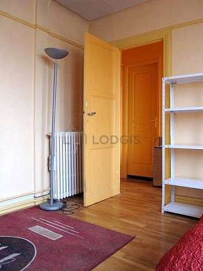 Quiet living room furnished with 1 sofabed(s) of 140cm, dining table, wardrobe, cupboard
