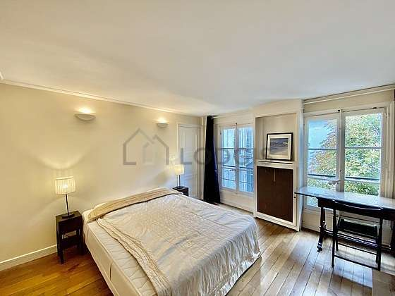 Chambre très calme pour 4 personnes équipée de 1 lit(s) de 130cm, 1 lit(s) de 160cm