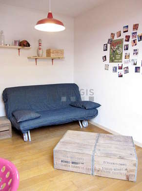 Very quiet living room furnished with 1 sofabed(s) of 160cm, hi-fi stereo, wardrobe, cupboard