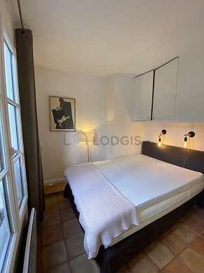 Bedroom of 7m² with tilefloor