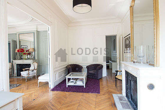 Very beautiful office with woodenfloor furnished with 3 armchair(s)